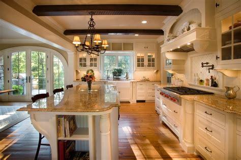 Large Traditional Kitchen Design 2  Kitchentoday