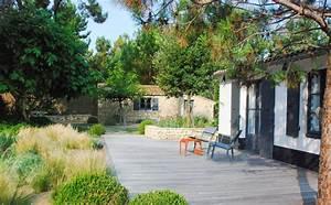 un jardin de bord de mer sur l39ile de re With amenager un jardin paysager 1 amenagement de jardin potager fleurs arbres pelouses