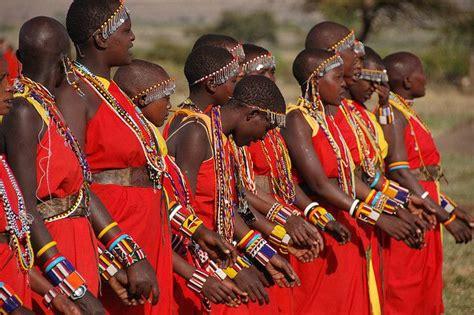 traditional dress of kenya traditional dresses images