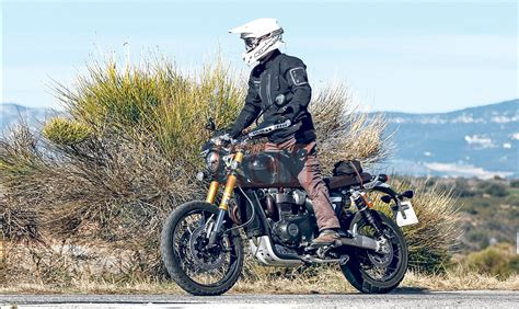 Triumph Scrambler 1200 Picture by Exclusive Triumph Testing 1200 Scrambler With