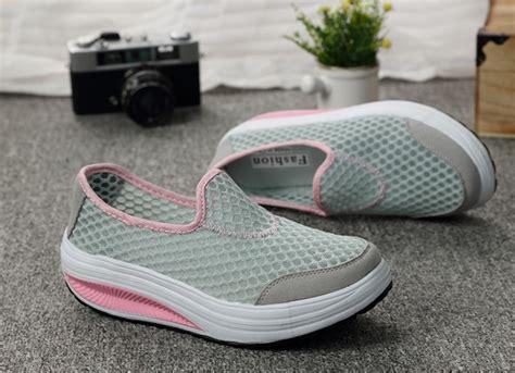 sepatu slip on platform wanita size 38 gray