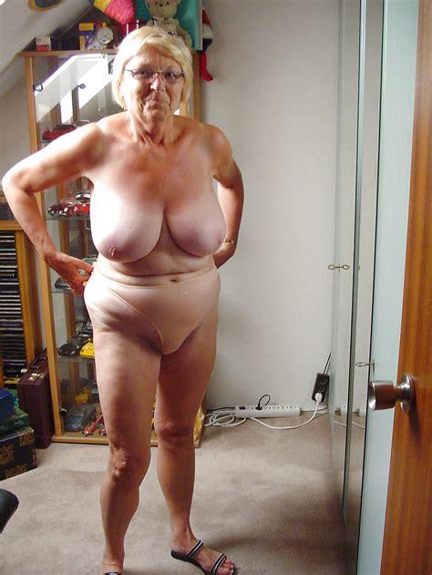 hot matures milfs matures ladys 157 bob