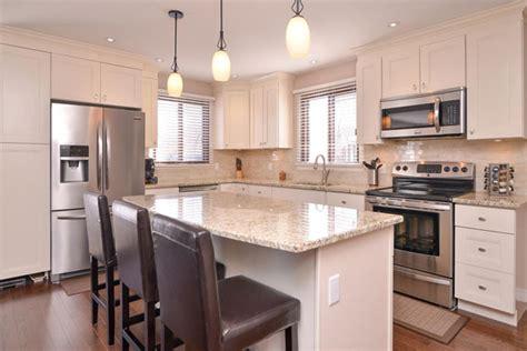 buy white kitchen cabinets find antique white kitchen cabinets gec cabinet depot 5039