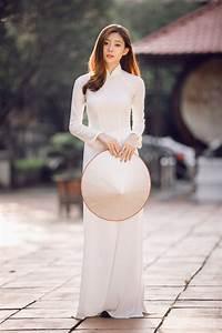 Chụp hình áo dài nghệ thuật hình ảnh tôn vinh vẻ đẹp phụ
