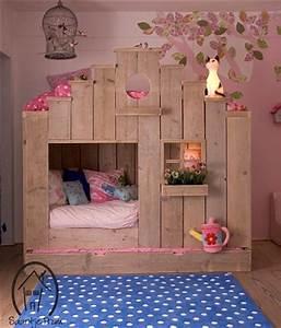 Cabane Chambre Fille : lit cabane ~ Teatrodelosmanantiales.com Idées de Décoration