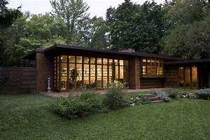 The magnificent frank lloyd wright designs midcityeast for Magnificent frank lloyd wright designs