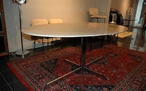 Table Marbre Ovale : table marbre tulip eero saarinen arabescato 39galerie s b et 39galerie immobilier lyon ~ Teatrodelosmanantiales.com Idées de Décoration