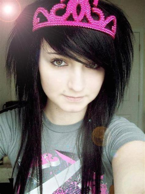 Short Emo Girl Hairstyles Hairstyle For Women And Man