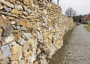 Natursteinmauern Im Garten : natursteinmauern bauen worauf es ankommt ~ Markanthonyermac.com Haus und Dekorationen