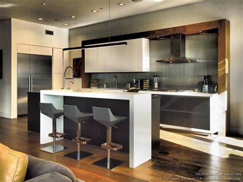#kitchen Of The Day Contemporary Black & White Kitchen