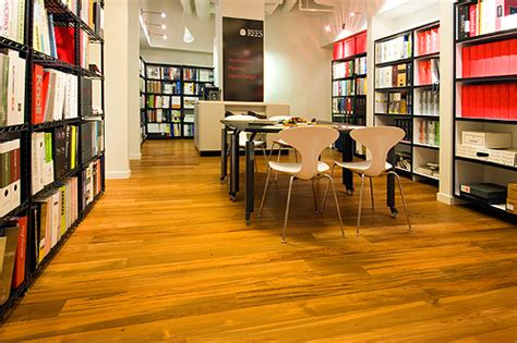 Spectra Contract Flooring Headquarters by Architect S Office Featuring Fsc Reclaimed Teak