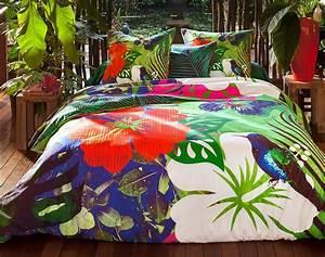 Parure De Lit Tropical : 10 images about housses de couette tropicales on pinterest hibiscus tropical and cuisine ~ Teatrodelosmanantiales.com Idées de Décoration