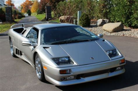 buy   lamborghini diablo vt convertible  door