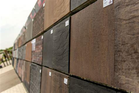 wie versiegelte terrassenplatten reinigen terrassenplatten versiegeln ist das notwendig so muss
