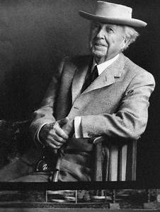 Frank Lloyd Wright : smiling architect frank lloyd wright seated while wearing hat premium photographic print by ~ Eleganceandgraceweddings.com Haus und Dekorationen