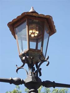 Old Gas Powered Street Lamp in Melbourne Australia, Gas ...