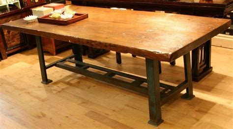 20+ Industrial Style Dining Tables