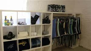 Kleiderbügel Holz Ikea : diy pferdekleiderschrank youtube ~ Watch28wear.com Haus und Dekorationen
