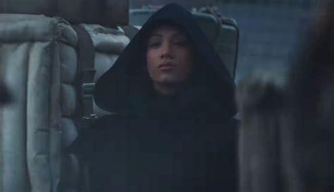 Sasha Banks makes surprise appearance in 'The Mandalorian ...