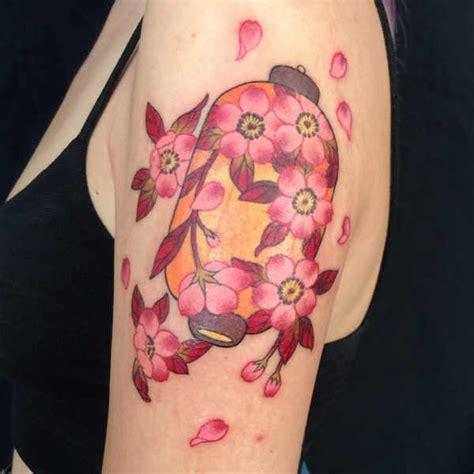 fiori di ciliegio significato tatuaggio tatuaggi fiori di ciliegio significato idee e foto