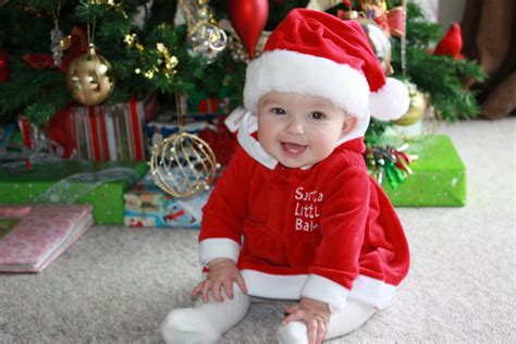 christmas wallpapers and images and photos christmas baby