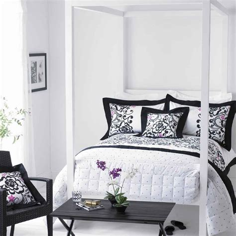 white sofa pillows modern black and white bedroom ideas