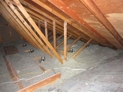 insulating attic with non ventilated soffits