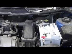 Comment Changer Batterie Voiture : comment changer une batterie de voiture doovi ~ Medecine-chirurgie-esthetiques.com Avis de Voitures
