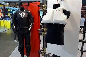 Airbag Moto Autonome : cinq consid rations autour de l 39 airbag moto apr s l 39 eicma ~ Medecine-chirurgie-esthetiques.com Avis de Voitures