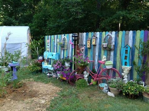 Wonderful Funky Garden Decor Fence Panels Junk