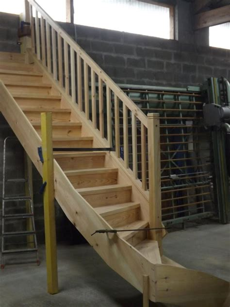 fabrication d un escalier fabrication d un escalier en atelier