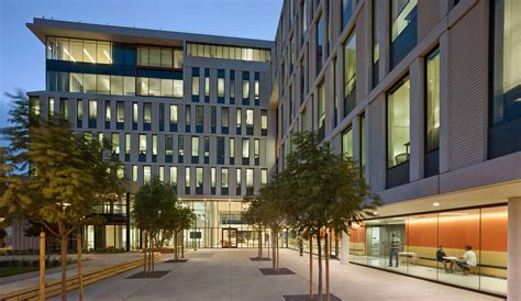 UCSF, Mission Hall: Global Health & Clinical Sciences Building