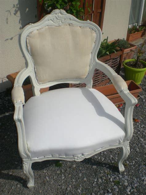 peinture pour tissu canap peinture pour tissus fauteuil 28 images 17 meilleures