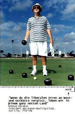 funny lawn bowls quotes image quotes  hippoquotescom