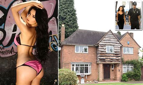 demi rose mawby    middle class home  sutton