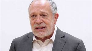 Former U.S. Secretary of Labor Robert Reich at the IOP ...