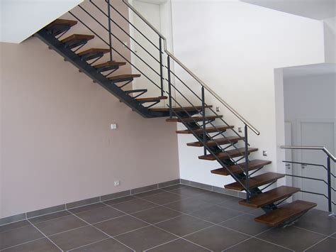 garde corps escalier design accrocheur design de maison