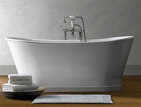 Pedestal Tub by 10 Easy Pieces Classic Freestanding Bathtubs Soaking