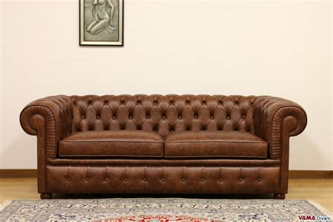 chesterfield sofa dark brown chesterfield 2 maxi seater sofa two large cushions