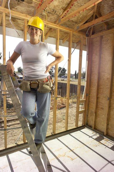 carpenters apprentice woman
