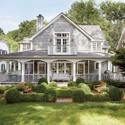 Stunning Images Houses With Big Porches by Best 20 Cape Cod Houses Ideas On Cape Cod