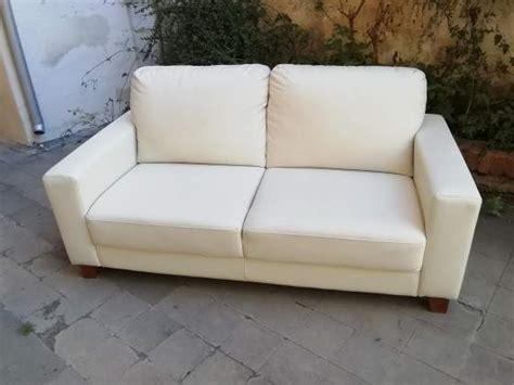 Divano In Ecopelle Bianco Ikea Siena