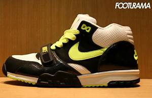 Nike Air Trainer 1 Neon