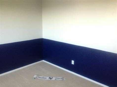 yankee bedroom decorating ideas boys baseball bedrooms on a budget ground to