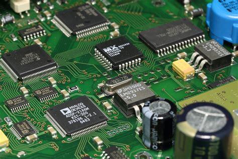 The Ultimate Printed Circuit Board Repair System Metromatics