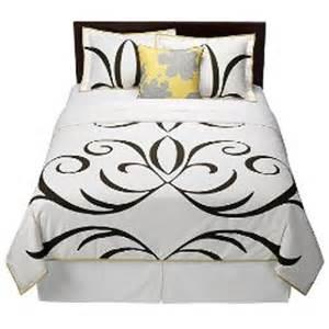 bedspreads target