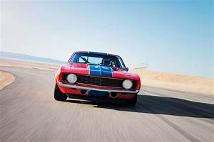 Am Auto : louder than bombs 1969 chevrolet camaro trans am race car motor trend ~ Gottalentnigeria.com Avis de Voitures
