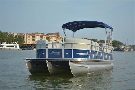 Tritoon Boat Rental Lake Travis pontoon boats float on lake boat rentals lake
