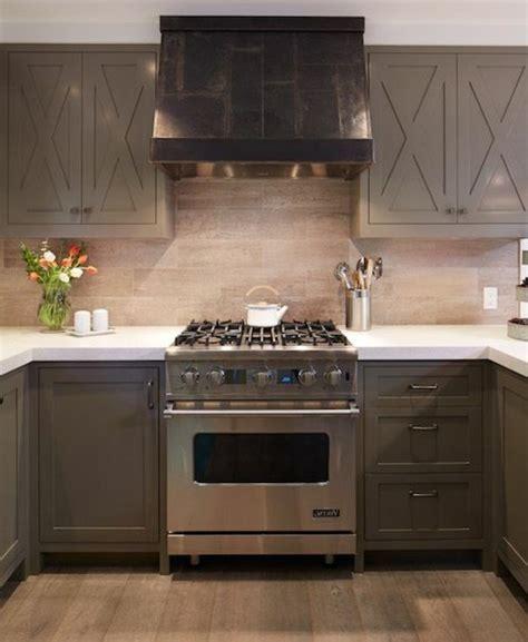 cuisine taupe et noir repeindre sa cuisine en noir 8 cuisine taupe 51