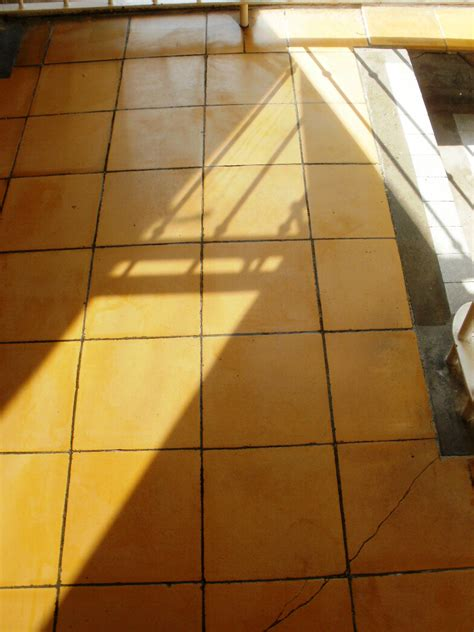 tile floor yellowing cleaning old ceramic tiles stone cleaning and polishing tips for ceramic floors
